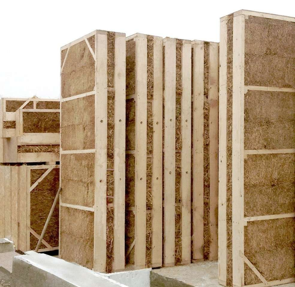 L 39 isolation en paille et ses bienfaits bottes et parpaings isolation pailles et ossature bois for Isolation maison bois