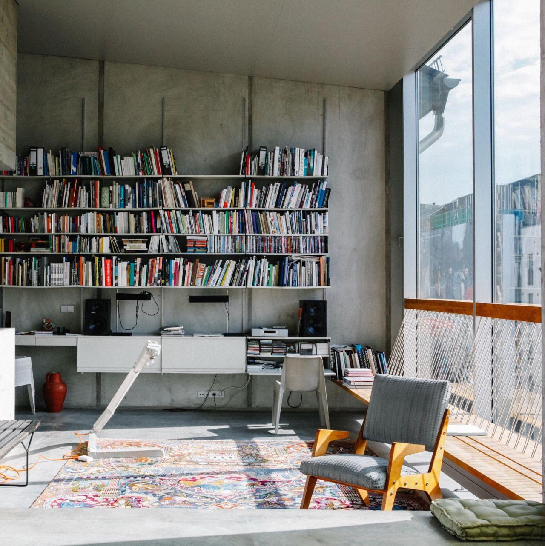 Innenarchitektur Literatur brunnenstrasse 9 arno brandlhuber chairs freunde