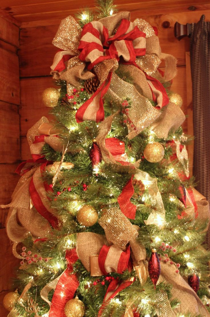 Christmas tree decor with ribbon - How To Decorate A Christmas Tree Very Good Tutorial I Am So Doing This