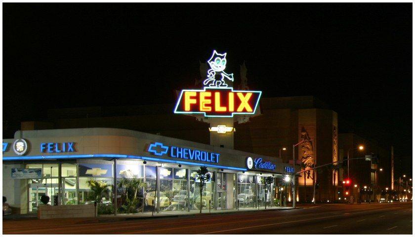 Auto Showroom Chevrolet Dealership Felix The Cat Neon Roof