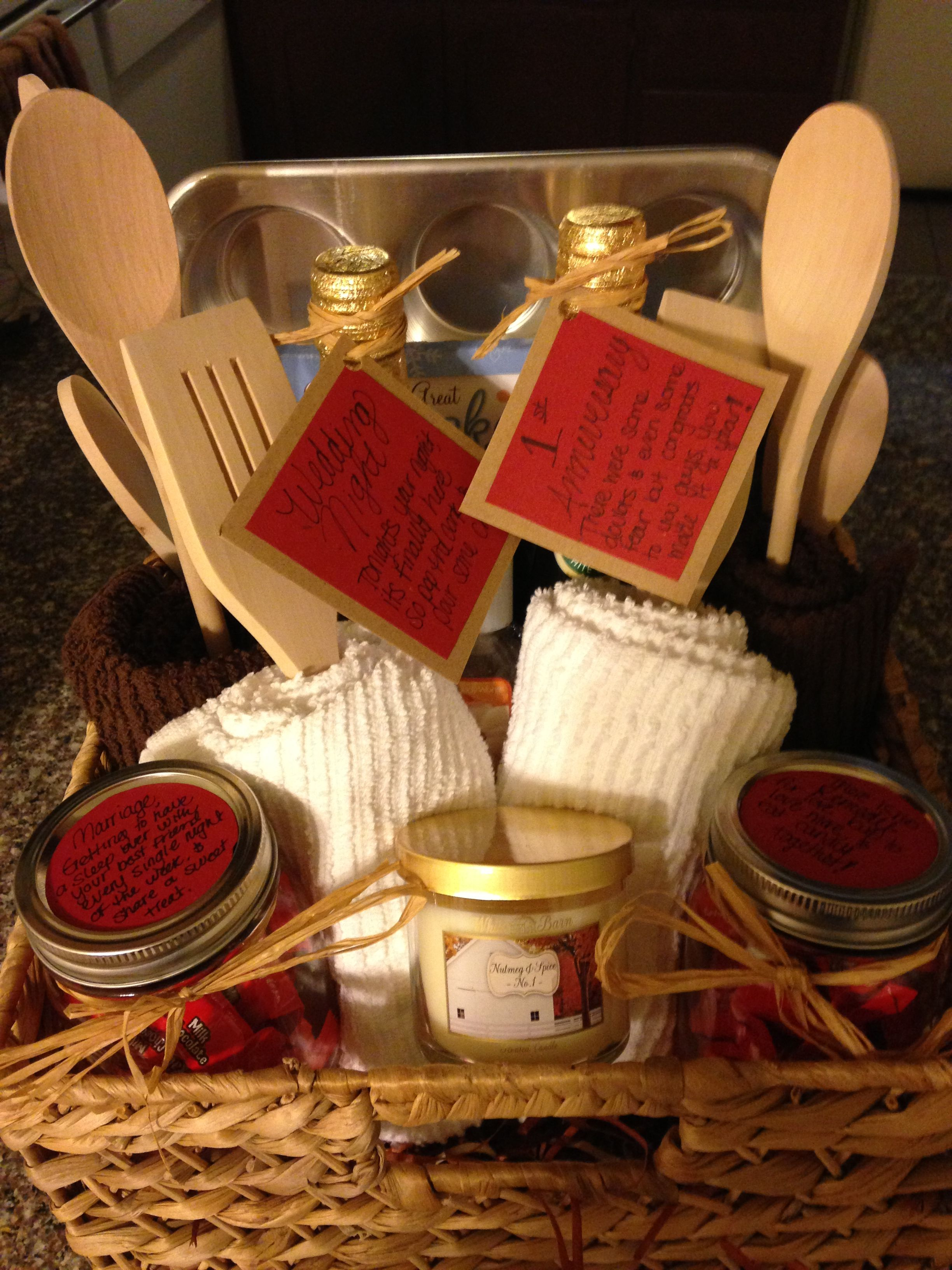 Homemade Bridal Shower Gift Basket Found All The Goodies At Home Goods Put Everything To Homemade Gifts Diy Bridal Shower Gift Baskets House Warming Gift Diy