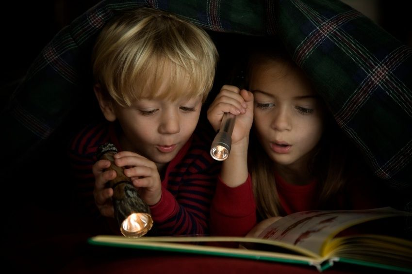 Reading in the dark id hide under my blankets after bedtime and read to self idea from kreative in kinder flashlight friday fun students read in the dark with flash lights sciox Gallery