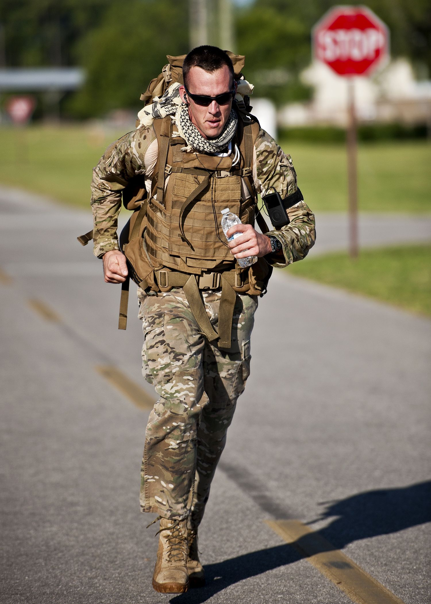 Pin by Canada on Male backpack | Military workout, Workout, Fitness