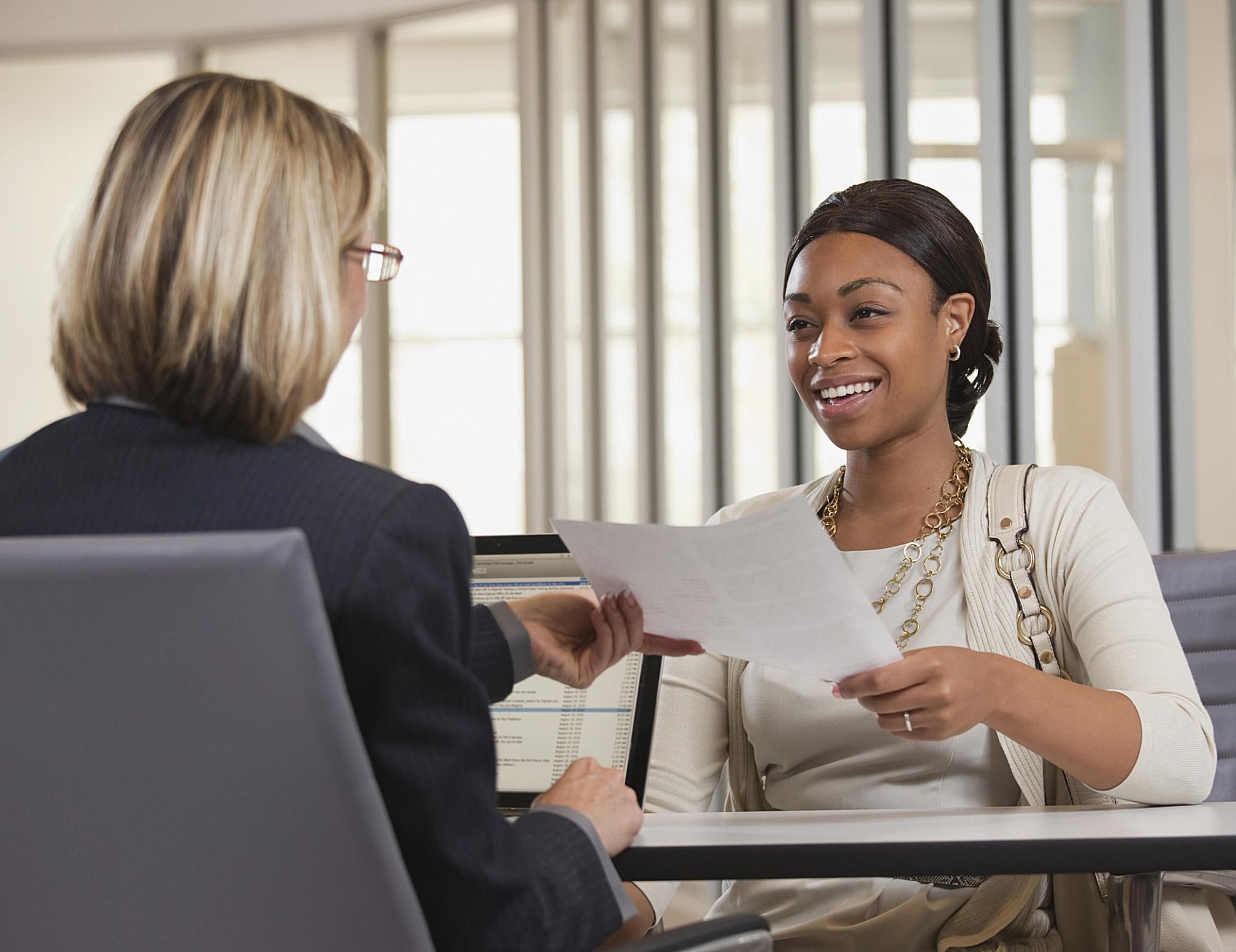 Handing In A Resume In Person Resume Tips That Will Land You An