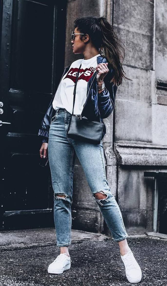 cute and stylish idea with jeans