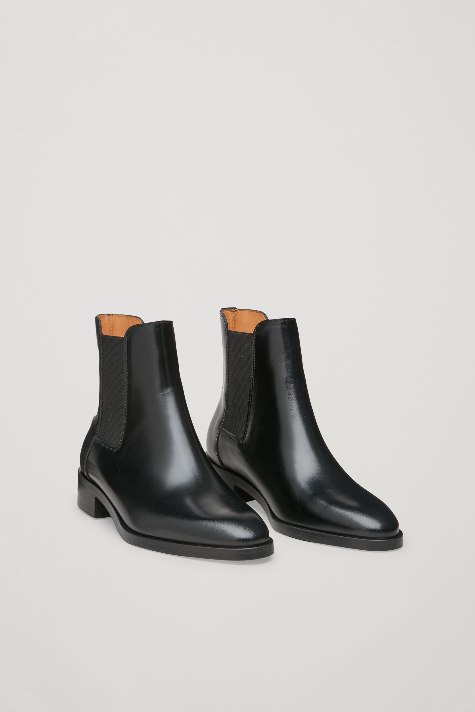 CHELSEA BOOTS - black by COS   Products   Boots, Chelsea boots ... ef82dcddc2
