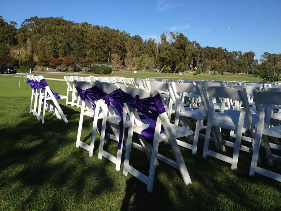 Add color to white folding chairs with our Crinkled Taffeta Sashes! Perfect for an outdoor wedding ceremony! www.bayarealinens.com