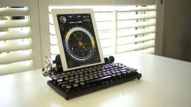 The Qwerkywriter is an old school typewriter for your iPad and iMac | Cult of Mac