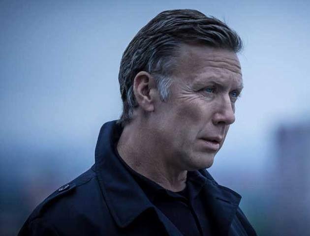 Ror Inte Min Gunvald Norwegian Actor Kristofer Hivju To Replace Mikael Persbrandt In Upcoming Beck Films As Martin S Ne Film Books Actors Kristofer Hivju