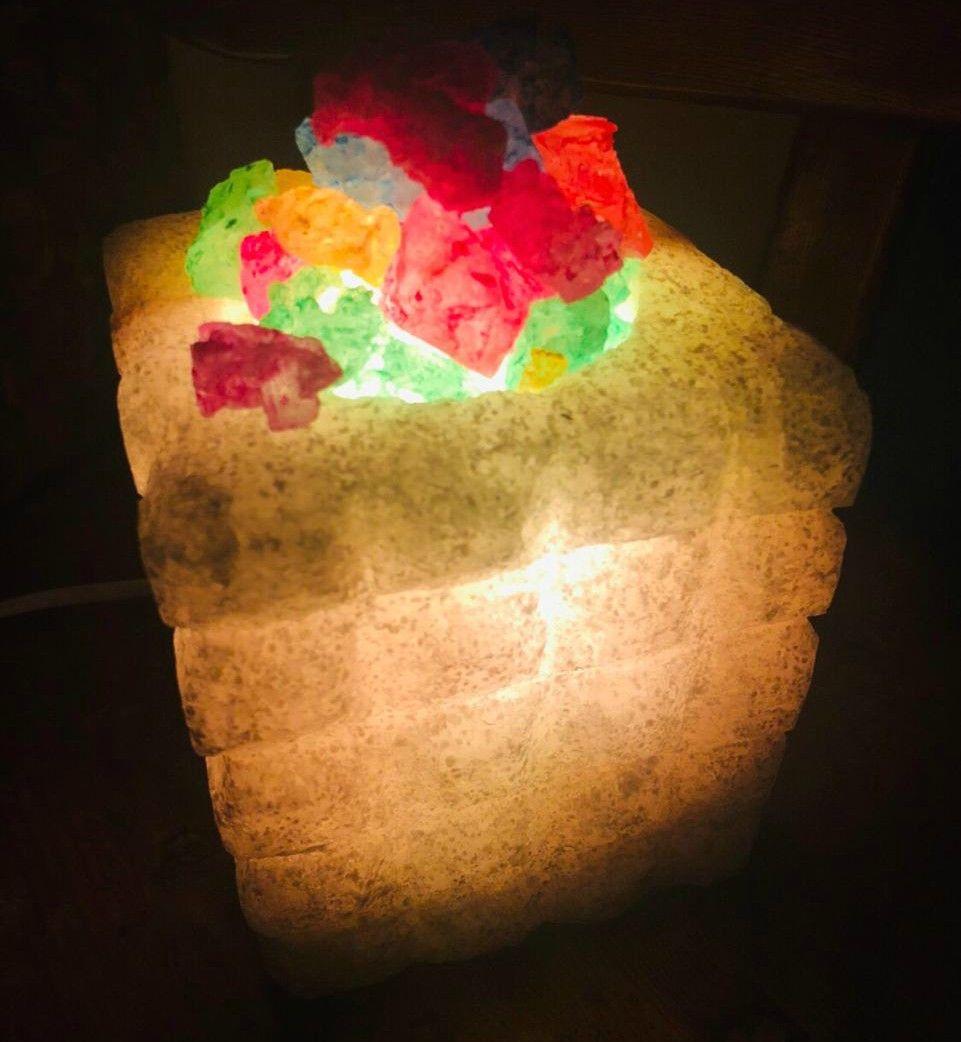 مصباح ملح صخرى مربعات كبير هاند ميد من سيوة كثير من الناس يسأل هل مصابيح الملح لديها فوائد صحية أم أنها مجرد دجل الجواب هو في الحقيقة الم Food Desserts Cake