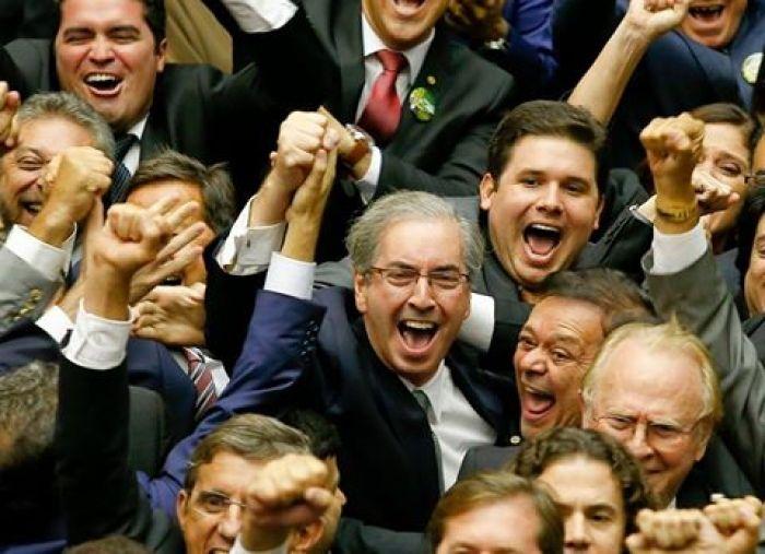 BLOG DO IRINEU MESSIAS: PSDB troca deputado anti-cunha por cunhista no Con...