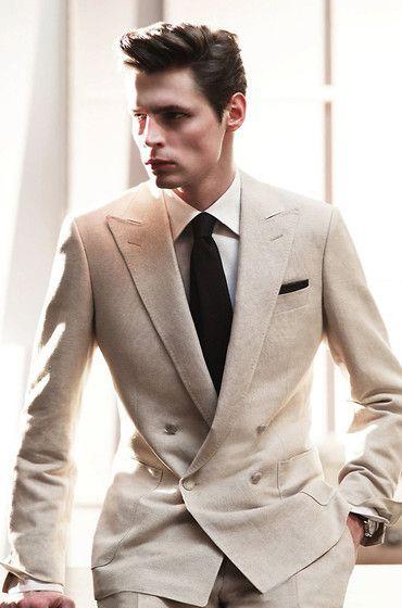 Nude suit; different tie or no tie...