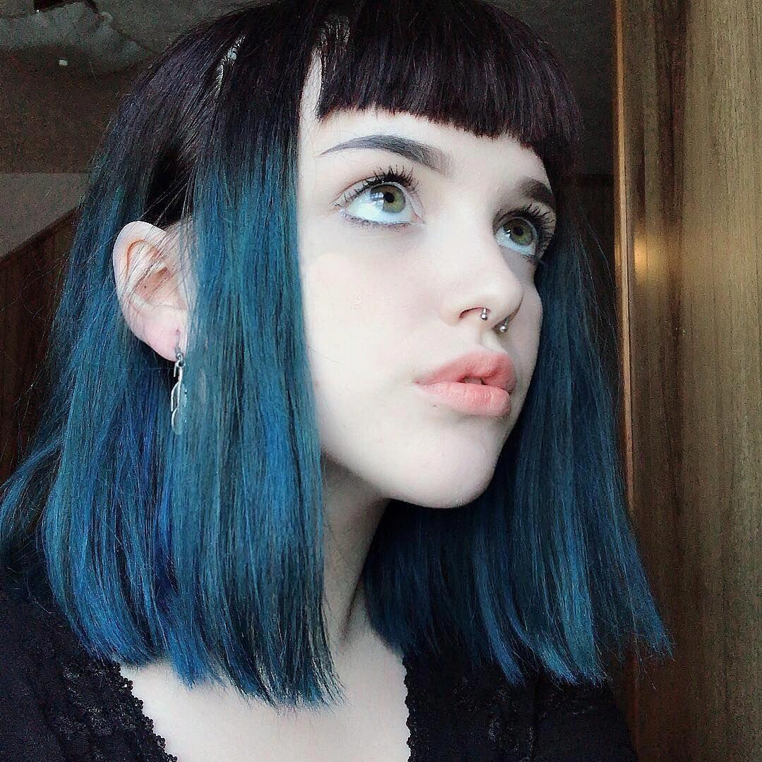 Salxem Arcticfoxhaircolor Aquamarine Bluehair Dipdye Bangs Afaquamarine Shorthairstyles Hair Styles Short Hair Styles Curly Hair Styles