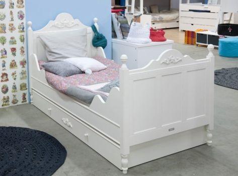 bed uit de collectie romantic van bopita meubels voor de