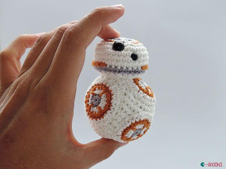 Geek Amigurumi Pattern : Free crochet pattern for baby mermaid outfit top geeky crochet
