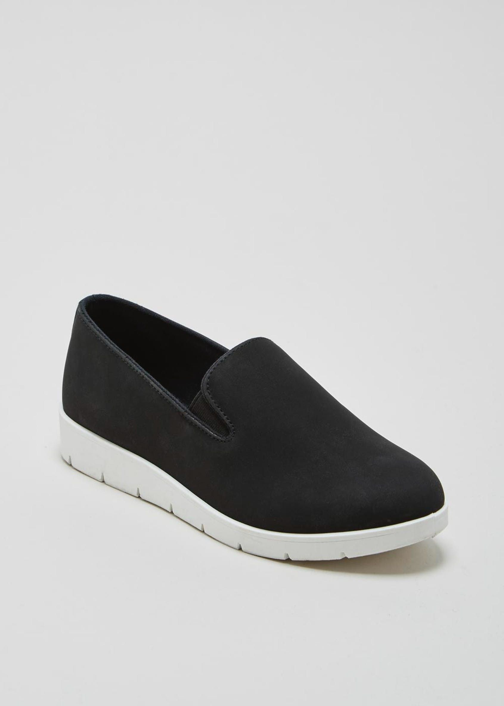 a39a81c75403 Contrast Sole Slip On Pumps