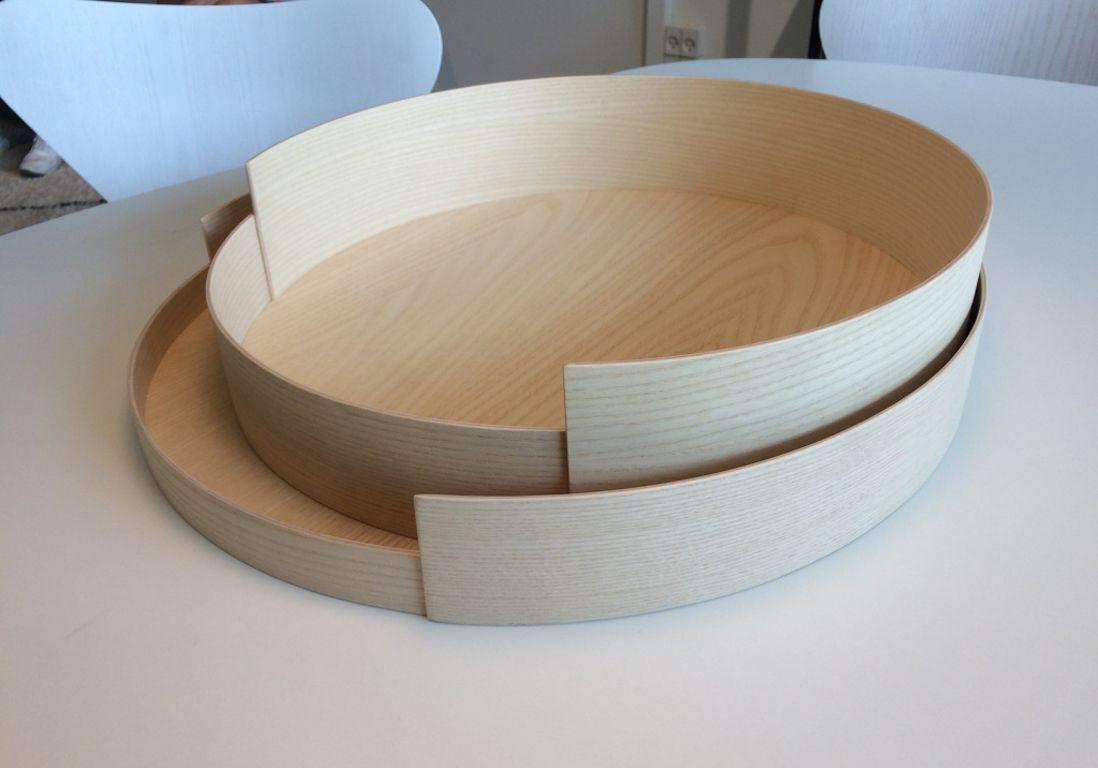Plateaux en bois de wednesday architecture pour fritz hansen