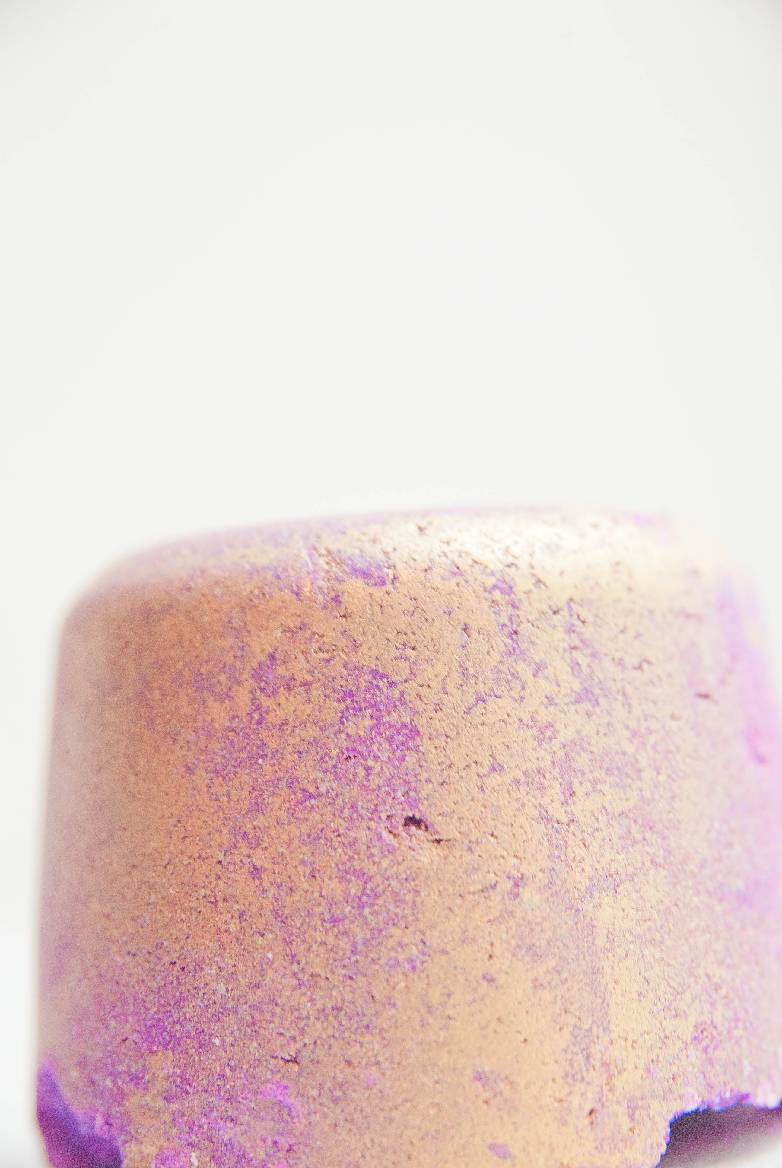 Phoenix Rising Bath Bomb Mmmm This Smells Great And Makes Your Skin So Soft And Makes Pretty Colors Lush Cosmetics Bath Bombs Lush Cosmetics Lush Products
