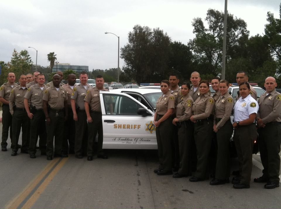 May 5 2013 La Sheriff S Deputies Caravan To Sacramento To Honor The Fallen At The California Peace Officers Peace Officer Los Angeles County County Sheriffs