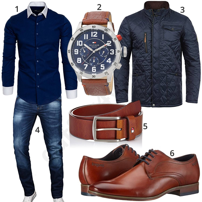 Dunkelblaues Herrenoutfit mit Uhr, Gürtel und Business