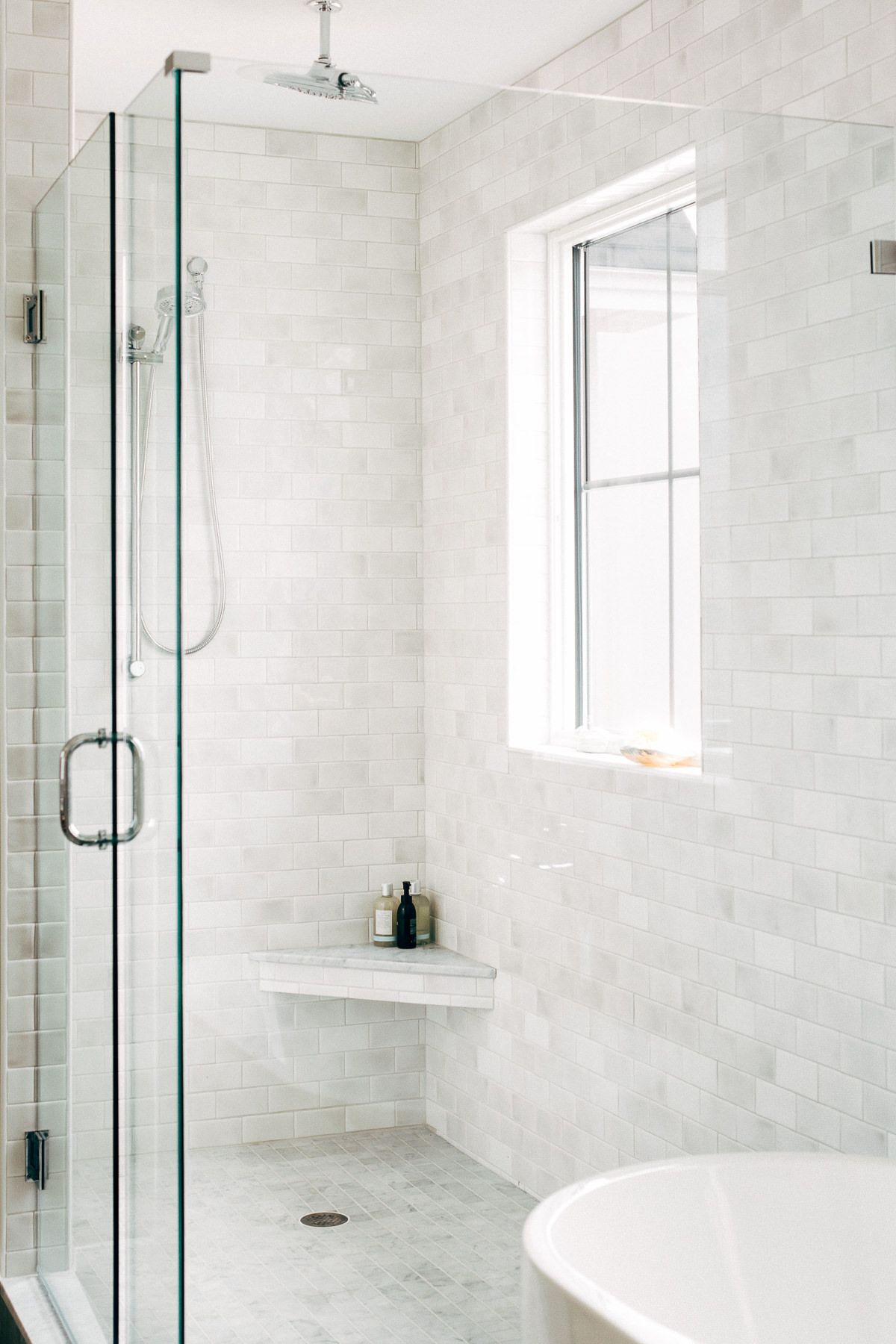 A Modern Farmhouse In Cumberland Maine Rue Window In Shower Farmhouse Shower Bathroom Interior
