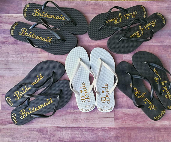 bcfd2e12fbe5 Bridesmaids gift ideas personalized flip flops- bridal party flip flops- bridesmaid  flip flops