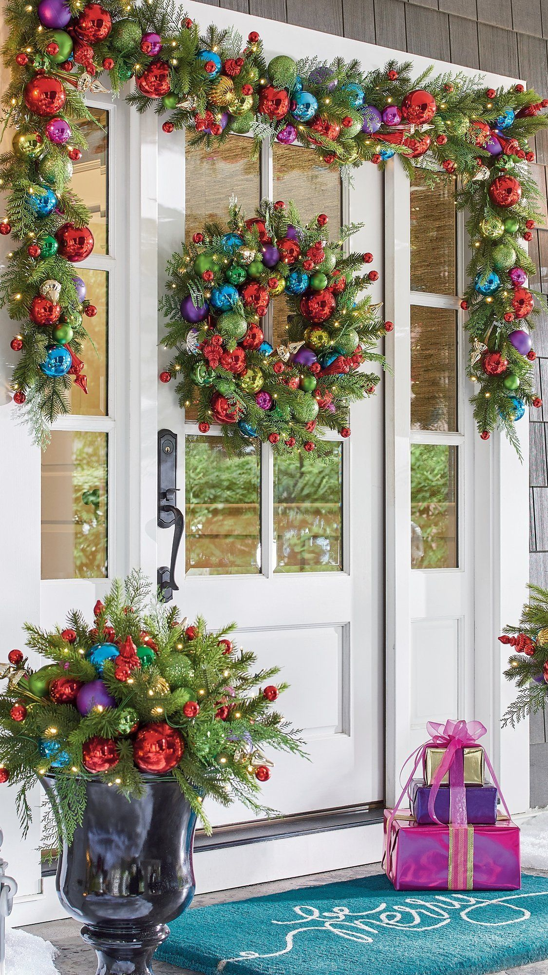We Re Dreaming Of A Bright Christmas And Our Merry Cordless Wreath Is Making It All Come True Glowing Lights Lush Faux Evergreen