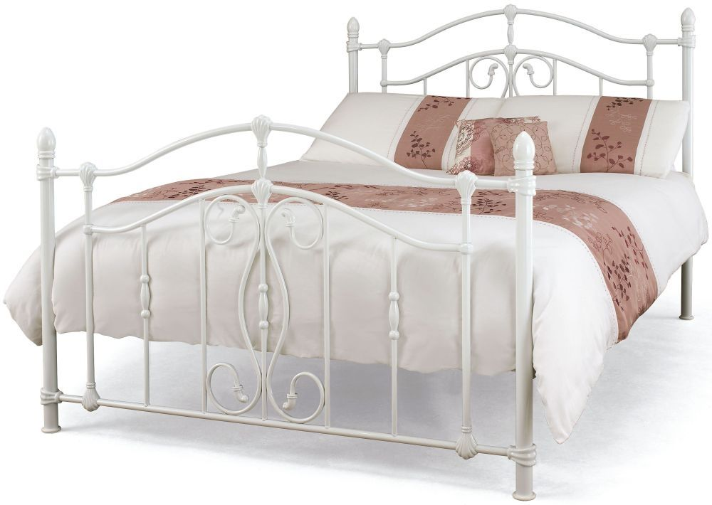 Serene Nice White Metal Bed In 2020 White Metal Bed White Iron