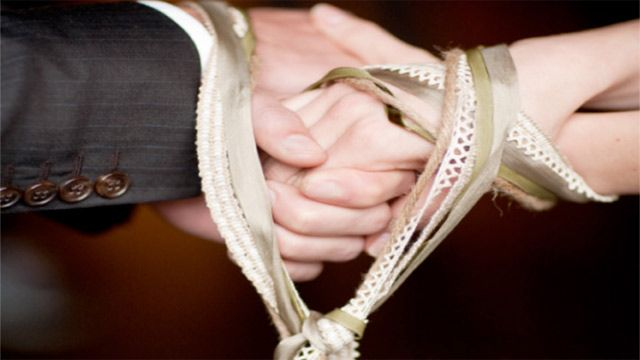Traditions of Irish weddings   One-Day Wedding   Pinterest   Tying ...