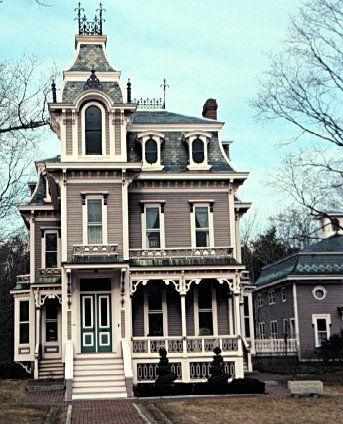 I Love Second Empire Homes Adorable Victorian Homes Victorian Style Homes Victorian Architecture