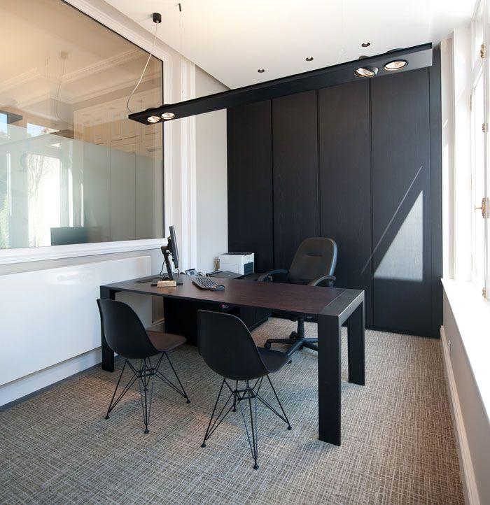 Aménagement office notariale bureaux moderne blanc noir chaise dsr agence mayelle
