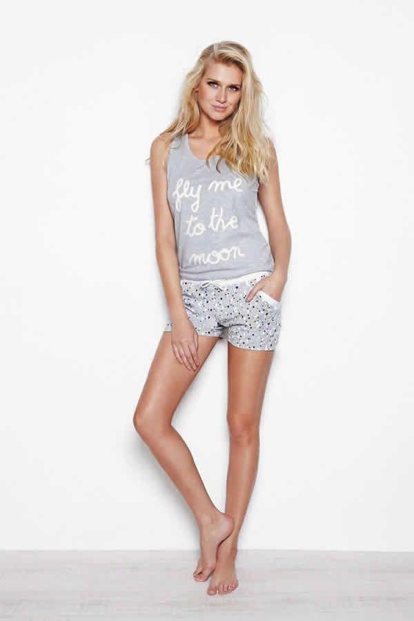 533fc89d30cc Pijama mujer verano Promise Pijama de mujer de la nueva colección Promise. Pijama  algodón. Camiseta tirantes en color gris y pantalón corto a juego.