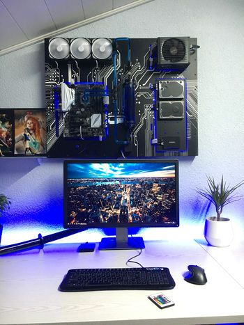 Hello 1 Sorry For My Bad English I Wanted To Build A New Pc After 8 Years And Have Searched Room Setup Video Game Rooms Custom Pc