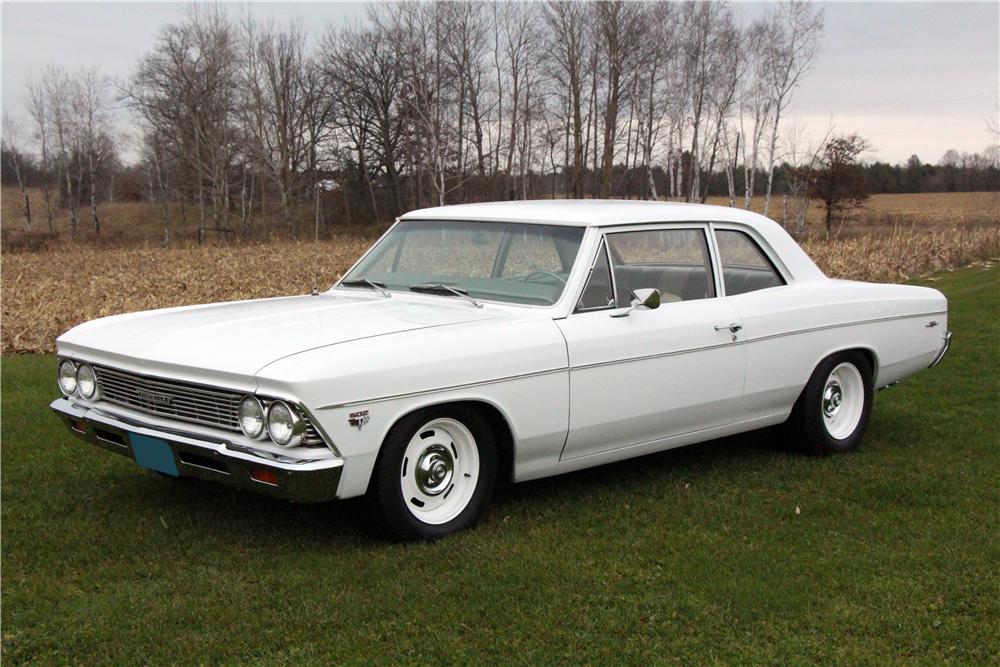 1966 Chevrolet Chevelle 300 Deluxe Custom Resto Mod Front 3 4