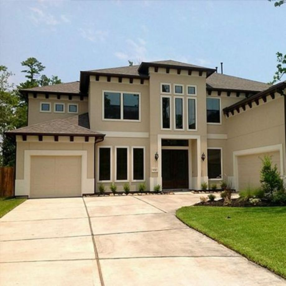 Tile Roof with Stucco Exterior House Colors