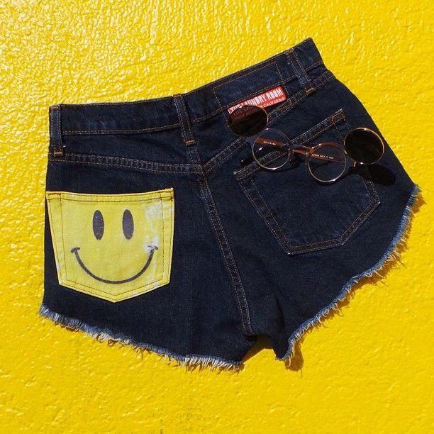 Happy daze #cutoffs @Matty Chuah Laundry Room