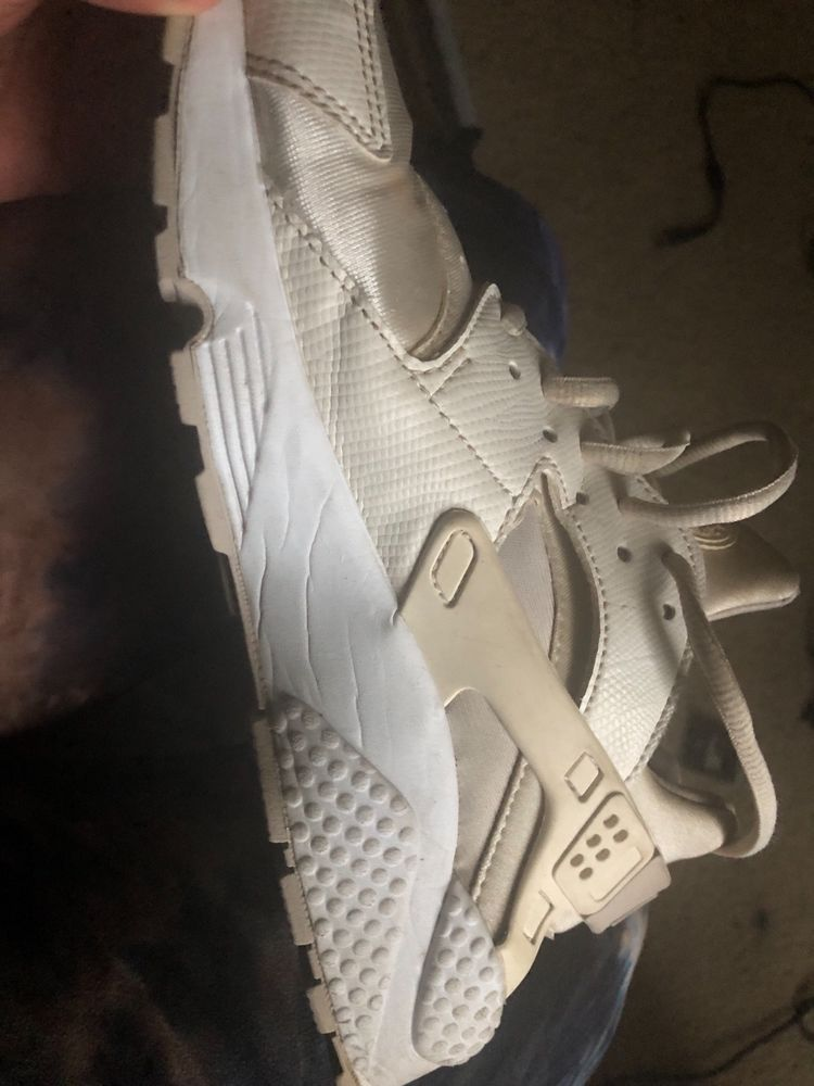 995087aceb4 Nike Women s AIR HUARACHE RUN Shoes White 634835-108 a  fashion  clothing   shoes  accessories  womensshoes  athleticshoes (ebay link)