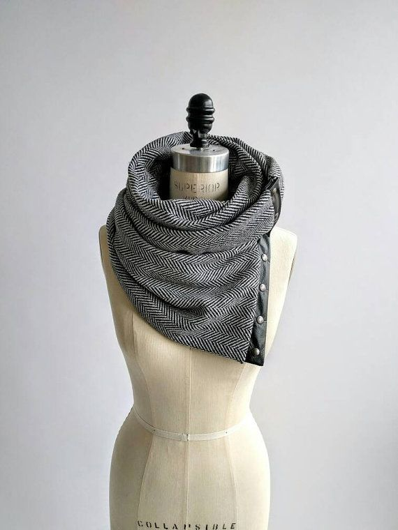 Herringbone Chunky wool circular infinity scarf   bufandas ...