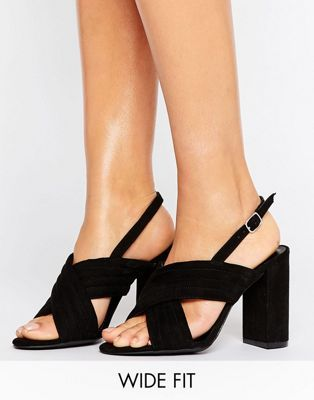 0471f3eaacb2 New Look Wide Fit Suedette Cross Strap Heeled Sandal