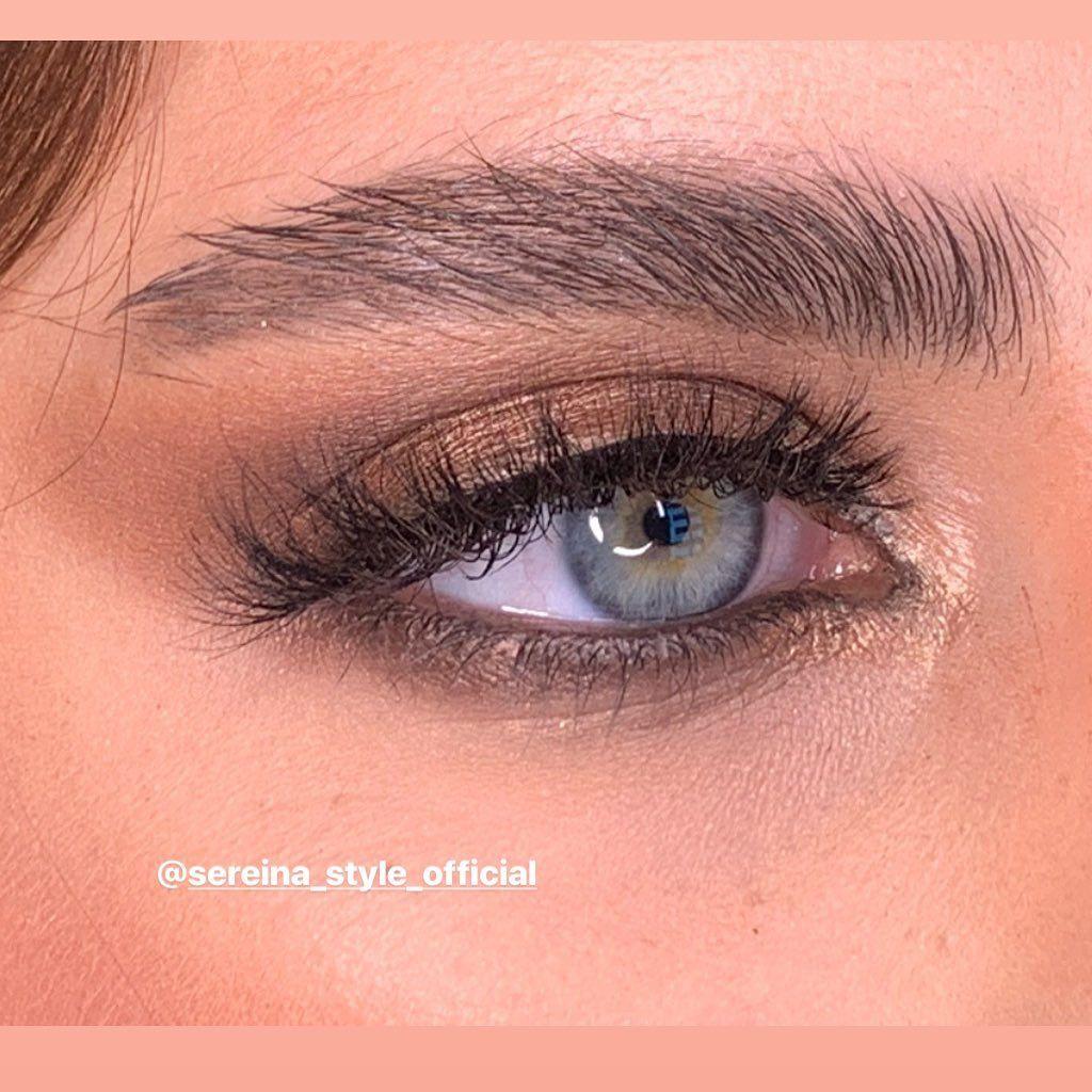 Serina Style Middle East On Instagram المساحة فوق عينها صغيرة بس فتحة عينها ماشاللة وسيعة فماحبيت كتر الوان حبيت يكون طبيعي وراقي استخدمت شادو من ميكب Makeup