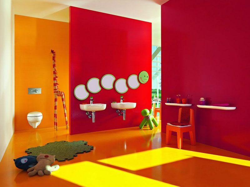 Baños infantiles de colores llamativos. Fuente de la imagen ...