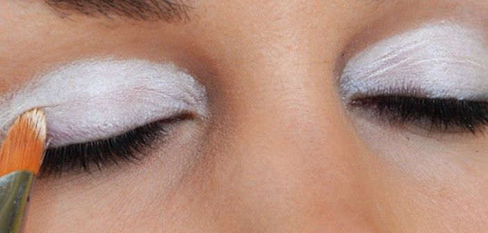 Makeup HACK: How to Apply White Base for More Vibrant Eyeshadow Colors