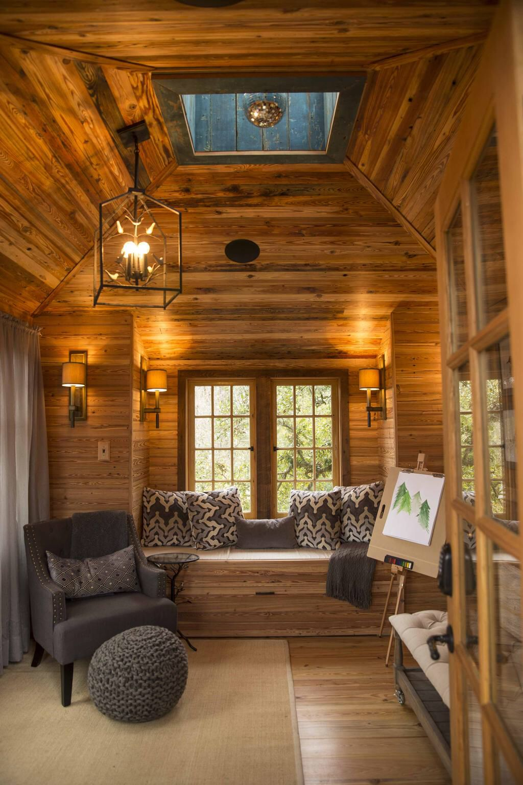 nolo treehouse interior from treehouse masters - Treehouse Masters Interior