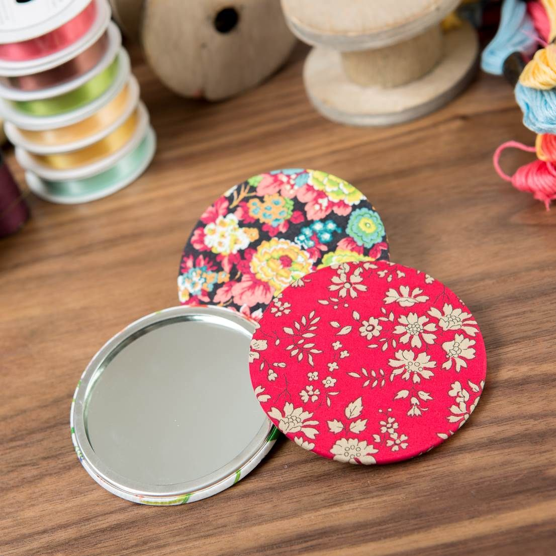 House of Alistair #Fabric Covered #Mirror, available at Create and #Craft! - http://www.createandcraft.tv/House_of_Alistair_Fabric_Covered_Mirror-330714.aspx?fh_location=//CreateAndCraft/en_GB/$s=house%20of%20alistair #accessories #sewing
