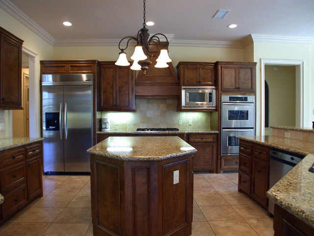 Large Kitchen With Quot Built In Quot Appliances And Island