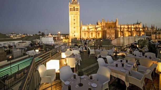 Restaurante La Terraza Eme Catedral Hotel En Sevilla