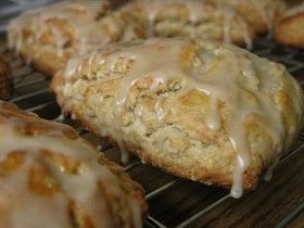 Kitchen Trial and Error: ina's maple oatmeal scones