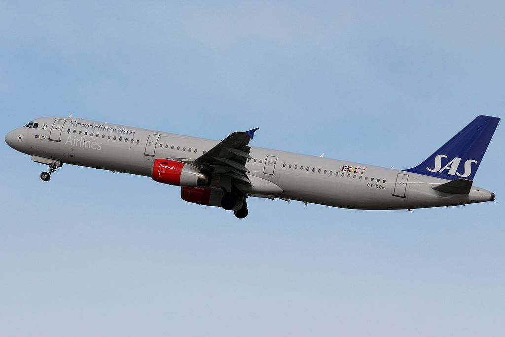 Oy Kbk Airbus A321 232 Arne Viking Scandinavian Airlines At Fiumicino Airport Sas Airlines Airbus Fleet