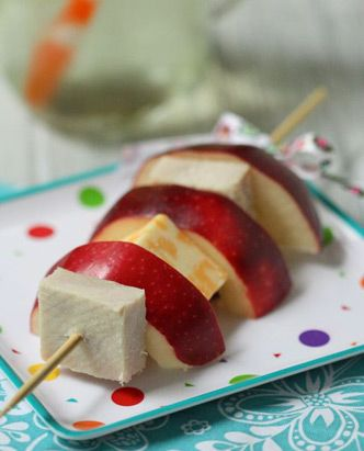 Apple, Turkey & Cheese Kabobs Recipe - this would make a great lunch or snack idea for kids #lilsnappers