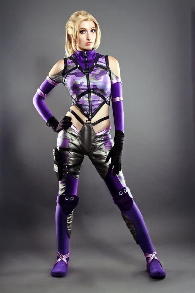 Nina Williams By Nebulaluben On Deviantart Tekken Cosplay Cosplay Street Fighter Cosplay